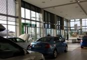 Venkovní žaluzie pro autosalon
