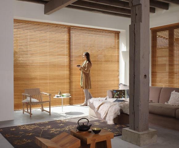 Elegantní dřevěné žaluzie