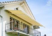 Balkonová markýza se stříškou